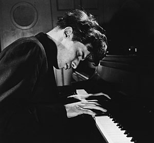 gould-pianist